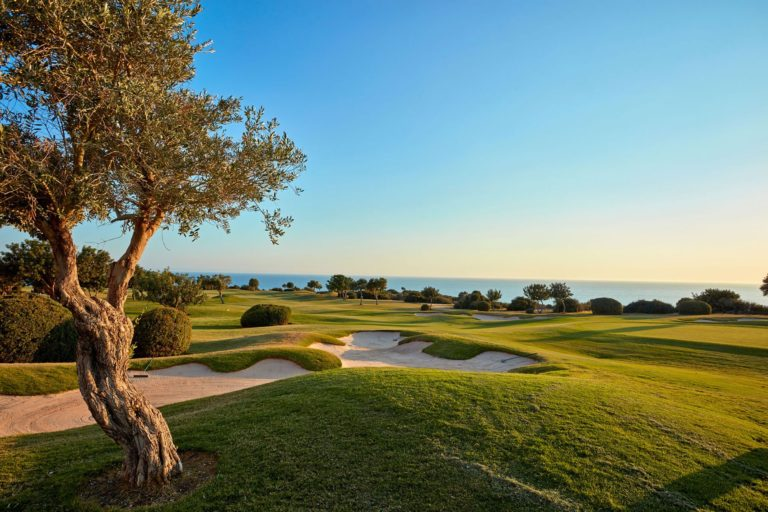 Playing golf in Cyprus - Aphrodite Hills